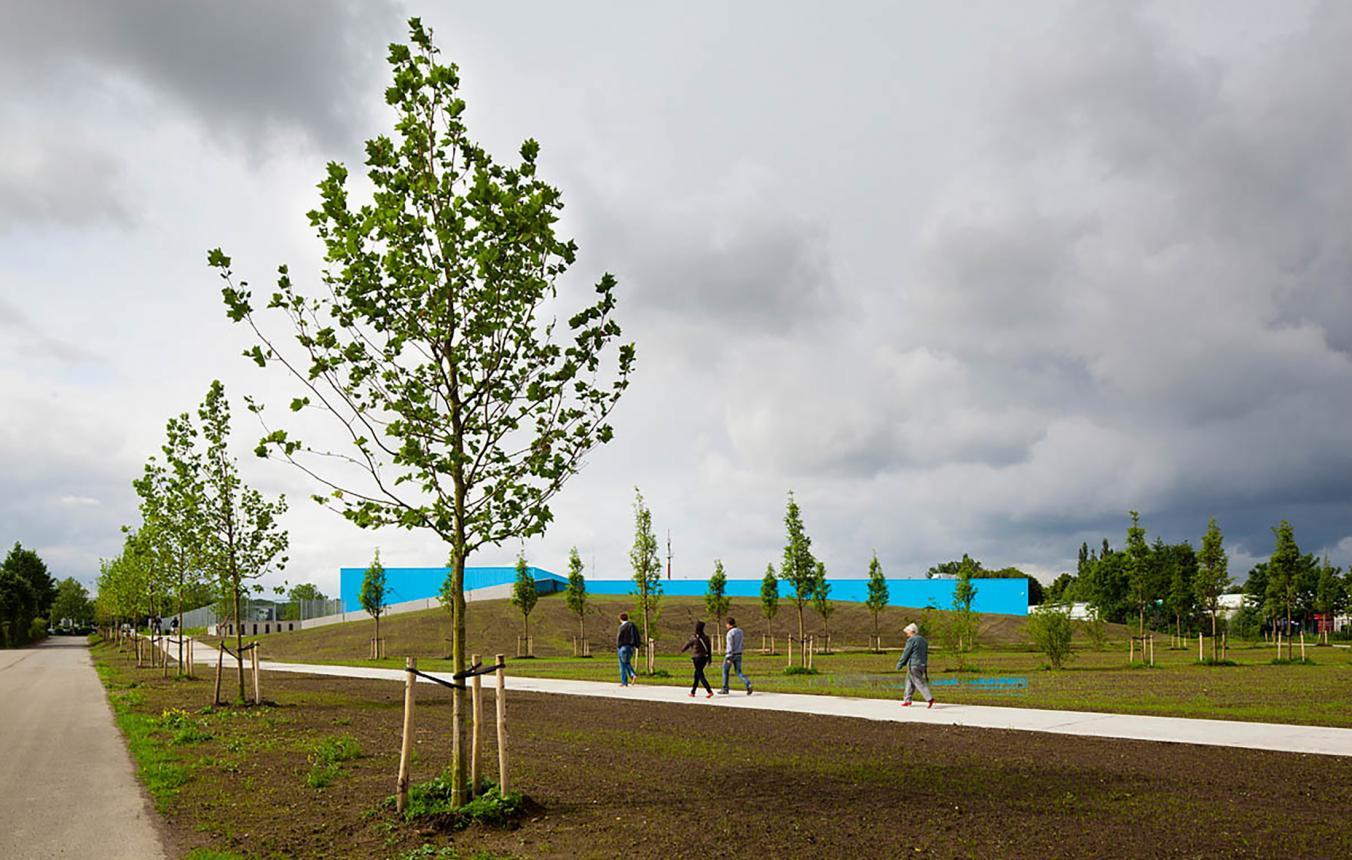 OO1505 Bestuurs- en dienstencentrum Oostcampus, Oostkamp, Carlos Arroyo, 2012