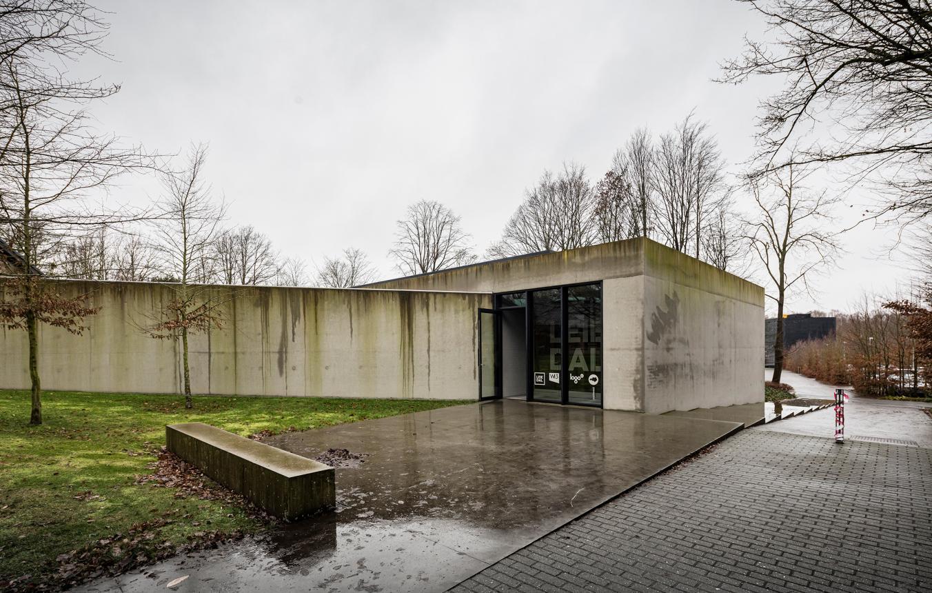 Sitefoto's OO3901 Nieuwe kantoren Leiedal Kortrijk