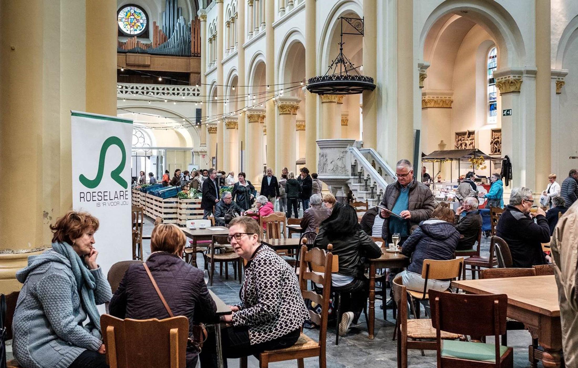 Streekproductenmarkt-in-Sint-Amandskerk-Roeselare