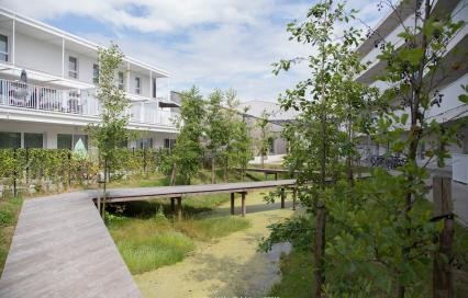 Sociale woonwijk Venning in Kortrijk, architect: B2Ai, fotograaf: ©Gerald Van Rafelghem